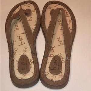 Born Concept flip flops size 7